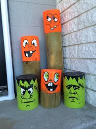 halloween fences halloween painted fence post pumpkins made by ann protz