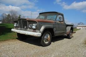 jeep gladiator 2016 wow 1965 jeep gladiator barn find a and her jeep pinterest