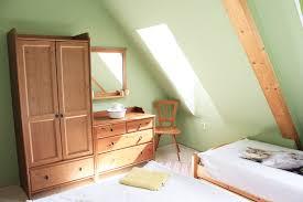 Schlafzimmer Aus Holz Schlafzimmer Ferienwohnung Lindenblick