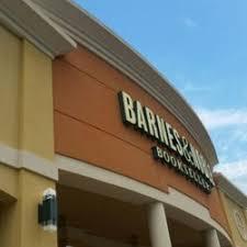 Barnes And Noble Jacksonville Florida Barnes U0026 Noble 16 Photos U0026 23 Reviews Bookstores 7900 W Sand