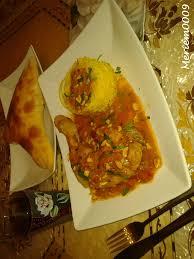 cuisine de meriem poulet tikka riz à l indienne naan au fromage photo de