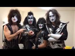 Rock Roll Halloween Costumes Kiss Band запрошує на свій концерт в Bike Rock Roll Club