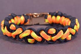 bracelet patterns with paracord images How to make the quot navajo pattern quot paracord survival bracelet jpg