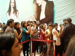 forever 21 opening day in delhi india awesome fashion aweful
