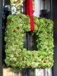 how to make a christmas moss wreath easy crafts and homemade idolza