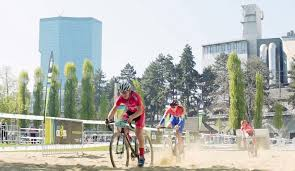 Urban Cycling Series Rolls On by Video Ekz Cross Tour Brings Professional Urban Cyclocross Racing
