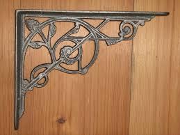 cast iron trellis bracket