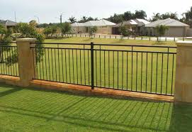 Willow Fencing Lowes by Satisfying How To Install Vinyl Fencing Tags How To