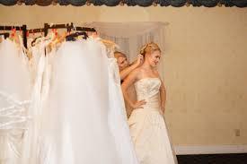 bridal consultants volunteer free after