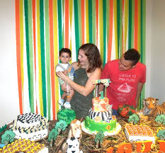jungle themed birthday party a jungle themed 1st birthday party from brazil party ideas