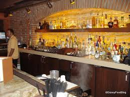 Top 10 Bars In The World Top 10 Disney World Bars And Lounges The Disney Food Blog