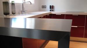 cuisine inox sur mesure cuisine pla de travail inox avec cuisine en inox ikea