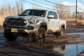 toyota tacoma the 2017 toyota tacoma trd pro loves to get dirty