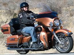 Comfortable Motorcycle Helmets 2008 H D Ultra Classic Vs Victory Vision Photos Motorcycle Usa