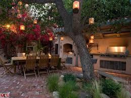 world style outdoor kitchen outdoor kitchen ideas best 25 modern outdoor kitchen ideas on modern