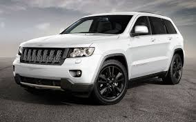 volvo jeep 2006 2012 jeep grand cherokee information and photos zombiedrive