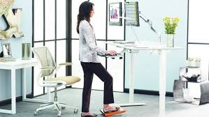 Sit To Stand Desk Sit Stand Desks Are A Healthy Choice Dig This Design
