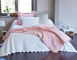 jeté de canapé en boutis couvre lit dessus de lit jeté de lit becquet