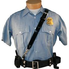how does the uniform color of police officers differ by region in
