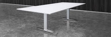 Quartz Conference Table Nextt T Base Prismatique