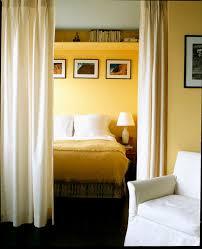 cloison pour separer une chambre une cloison pour avoir de l intimité dans sa chambre bricobistro