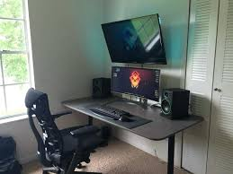 Gaming Desk Setup Best 25 Gaming Desk Ideas On Pinterest Computer Room