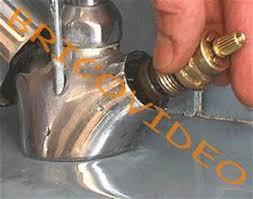 fuite robinet cuisine tete de robinet qui fuit remplacer le clapet d 39 un m langeur