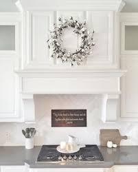 Httpwwwmanufacturedhomerepairtipscomeasybacksplashideasphp - White kitchen backsplash