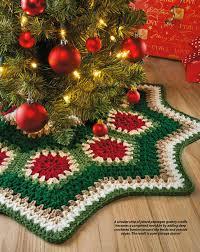 tappeti natalizi un tappeto per albero di natale fai da te con i ferri 9 idee