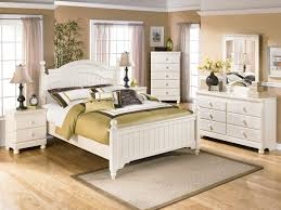White Wicker King Size Bedroom Set Perfect Off White Wicker Bedroom Furniture E With Ideas