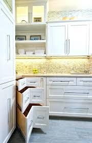 r駸erver en cuisine porte coulissante pour meuble de cuisine meuble de cuisine avec