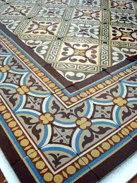 13 5m2 antique french ceramic floor complete with double border