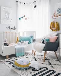 chambre b b cars chambre de bébé meuble mixte coucher berceau cher gara on idees