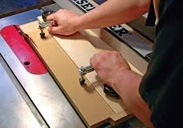 cutting angles on a table saw tapering jig canadian woodworking magazine