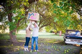 baby revealing ideas 150 amazing gender reveal ideas and pictures 2017 shutterfly