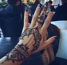 31 unique henna tattoos for women pop tattoo pinterest