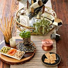 christmas centerpiece ideas for round table easy holiday diy centerpiece ideas