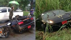lamborghini aventador crashes lamborghini gallardo crash in splits car in half driver