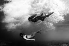 by harry fayt underwater harry fayt pinterest black and white underwater nudes by harry fayt monovisions
