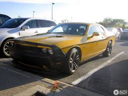 Dodge Challenger Yellow - dodge challenger srt8 392 yellow jacket 21 may 2017 autogespot