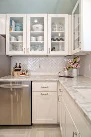 Modern Kitchen Cabinets For Small Kitchens Best 20 Small Modern Kitchens Ideas On Pinterest Modern Kitchen