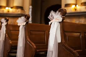 church pew decorations 11 beautiful options for wedding pew decorations