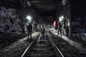 nyc photographers photographer captures abandoned new york city subways