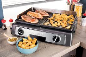 cuisiner à la plancha gaz guide d achat bien choisir sa plancha électrique cuisines et bains