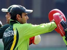 mohammad hafeez biography hafeez backs bowlers to lead pakistan to glory the express tribune