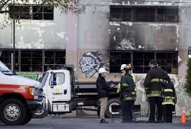 Living Spaces Warehouse by Fire At Oakland Warehouse Trapped People On Second Floor Official