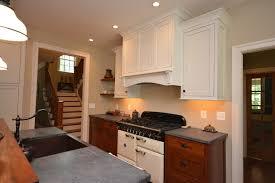 peinture cuisine jaune deco cuisine peinture cuisine blanche plan de travail gris cuisine
