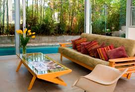 how to choose the best outdoor living room furniture