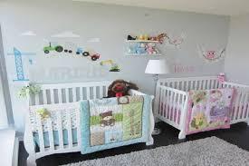 chambre jumeaux bébé photos des chambres pour des jumeaux garçons et fillettes
