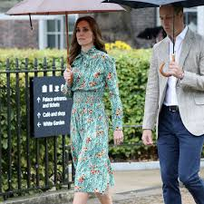 kate middleton wears prada to tour the kensington palace gardens